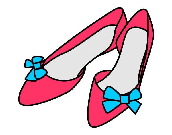 Desenho Sapatos com laços pintado por lavynia