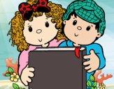 Desenho Crianças com um livro pintado por IrisXvr