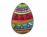 Um ovo da páscoa decorado