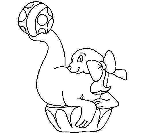 Desenho de Foca a jogar à bola para Colorir