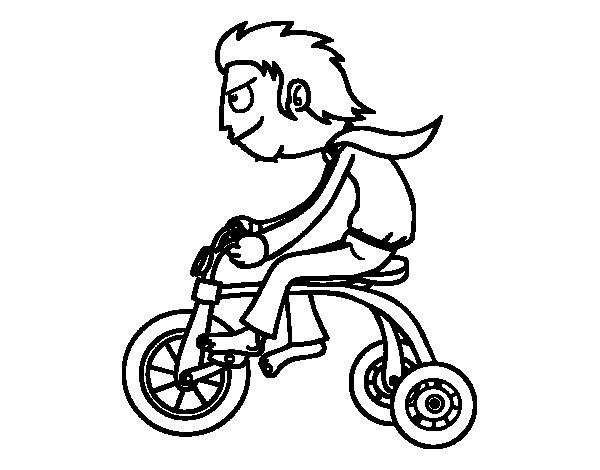 Desenho de Rapaz no triciclo para Colorir