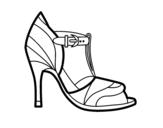 Desenho de Sapato de salto alto com dica descoberta para colorear