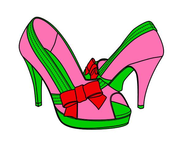 Desenho De Sapatos Com Laco Pintado E Colorido Por Sarah O Dia 10